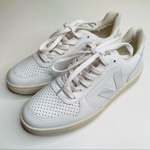 VEJA V-10 Sneaker Color Extra White Size 6 Womens